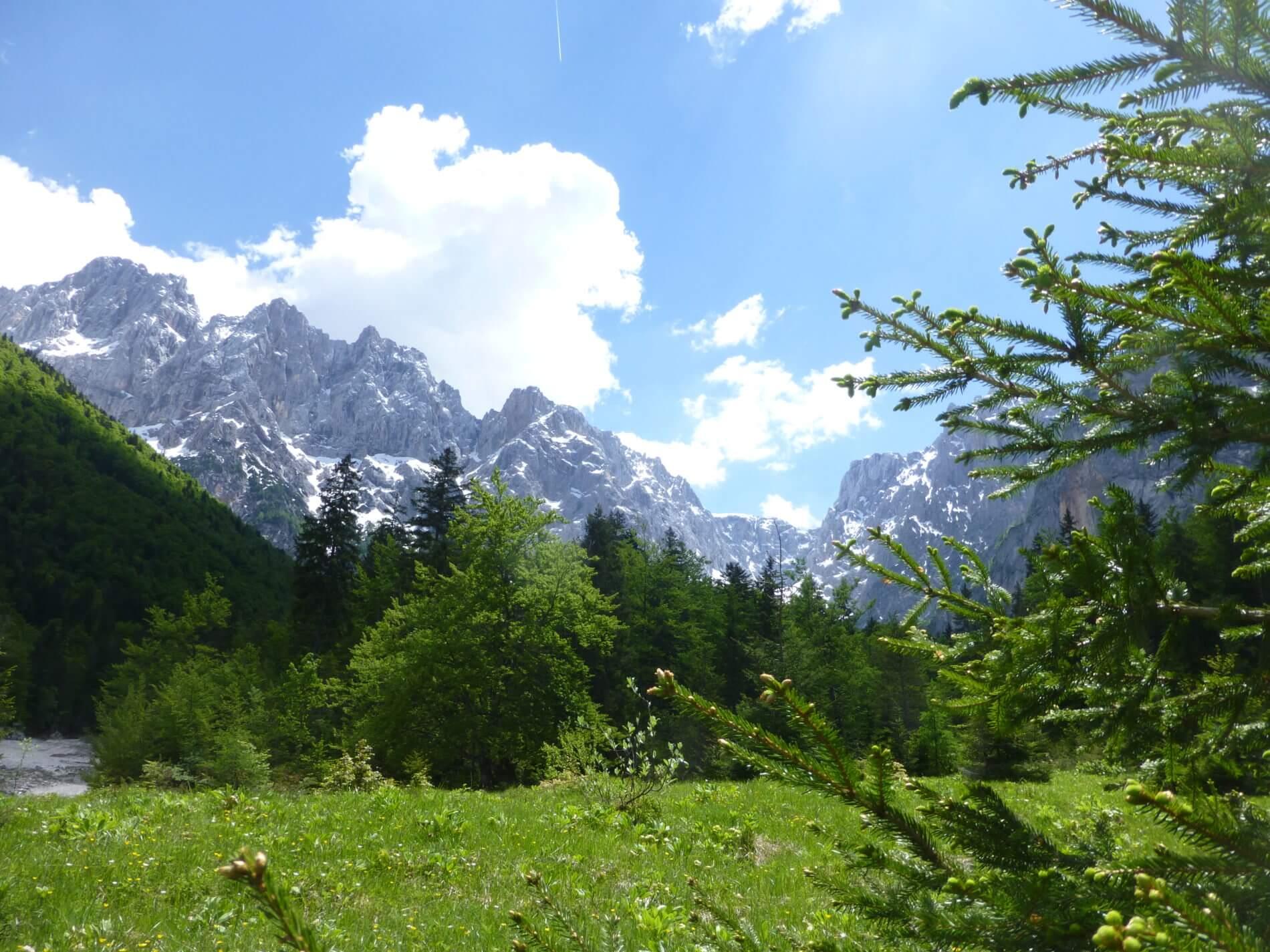 AAT_Alpe-Adria-Trail_Etappe eins_Berge mit Schnee
